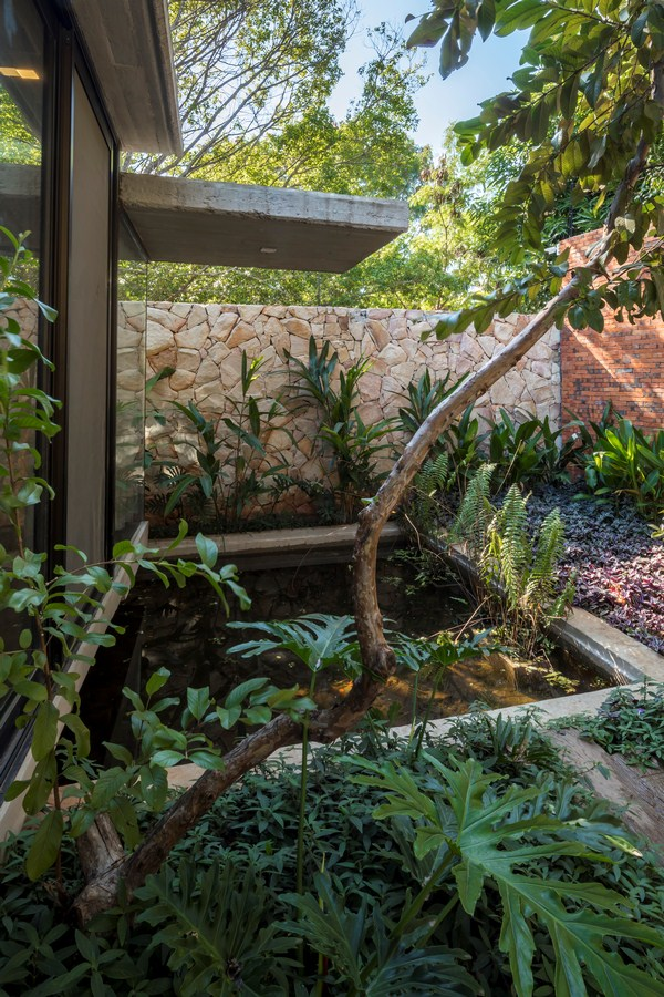 Patios House By Equipo de Arquitectura - Sheet10