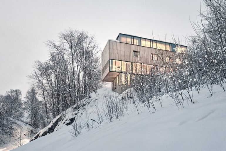 Two-in-One House By Reiulf Ramstad Architects