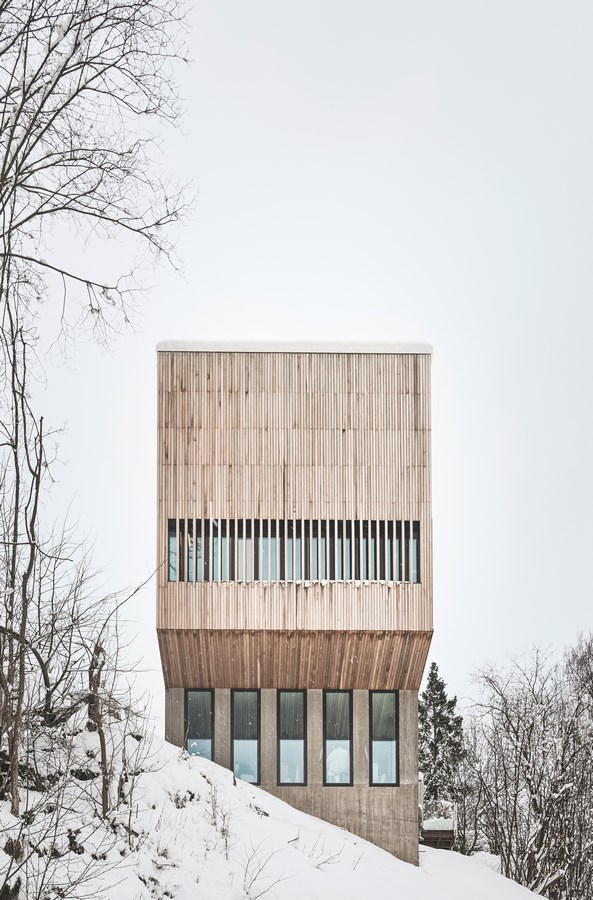 Two-in-One House By Reiulf Ramstad Architects - sheet4