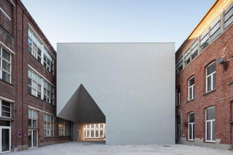 Architecture Faculty in Tournai By Aires Mateus