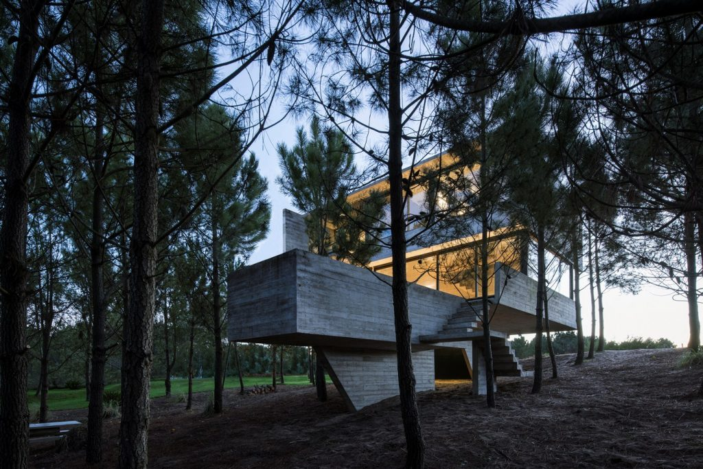 2914 House in the Trees By Luciano Kruk arquitectos - Sheet22
