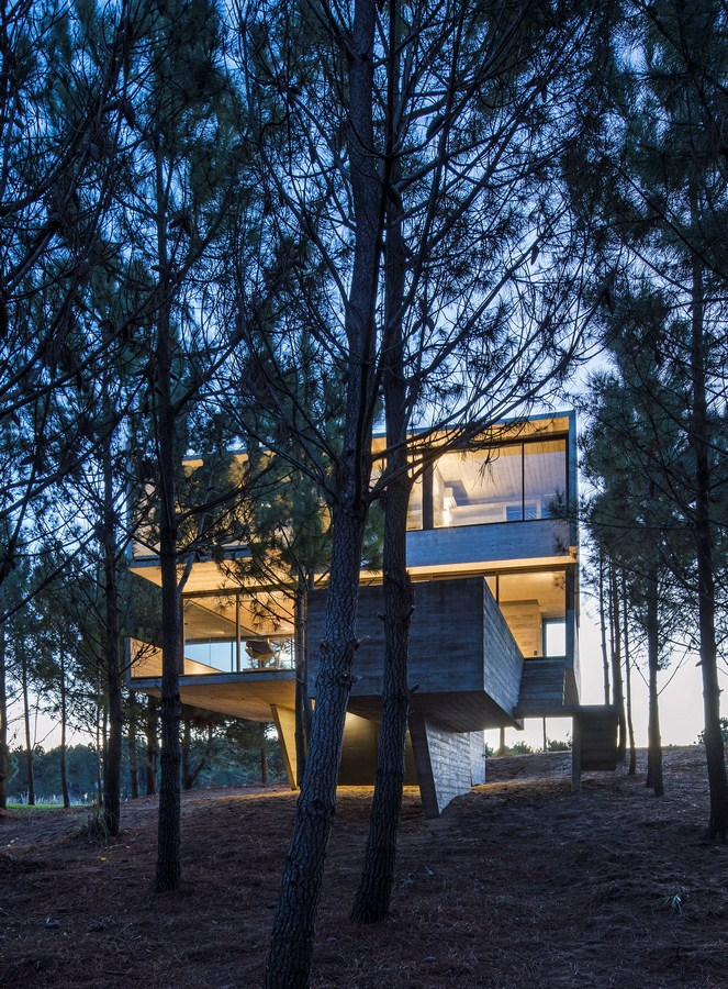 2914 House in the Trees By Luciano Kruk arquitectos - Sheet23
