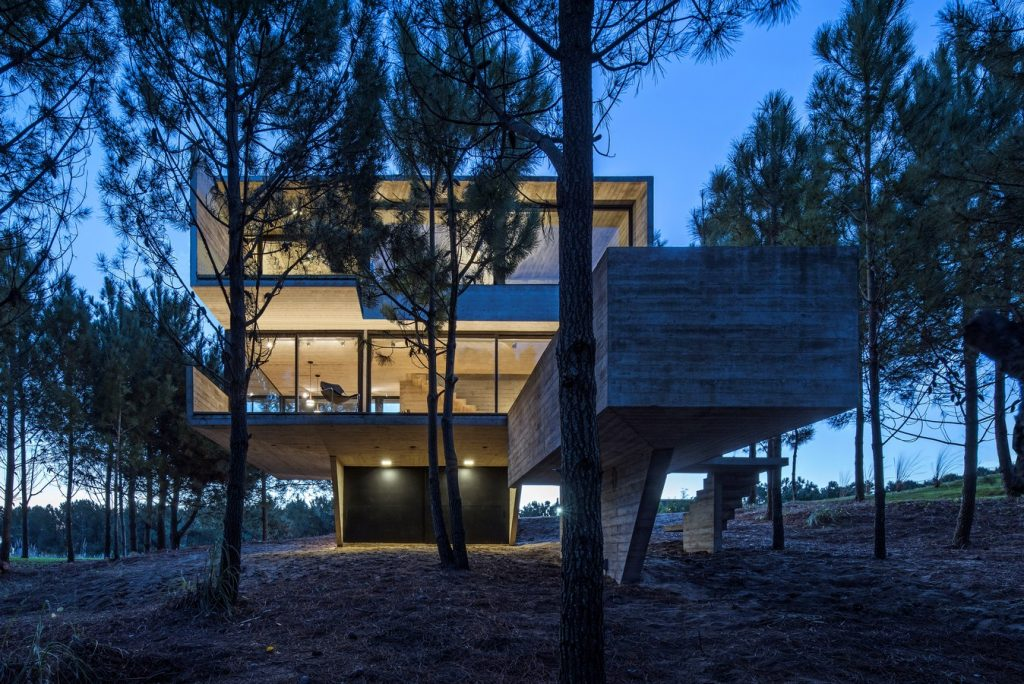 2914 House in the Trees By Luciano Kruk arquitectos - Sheet24