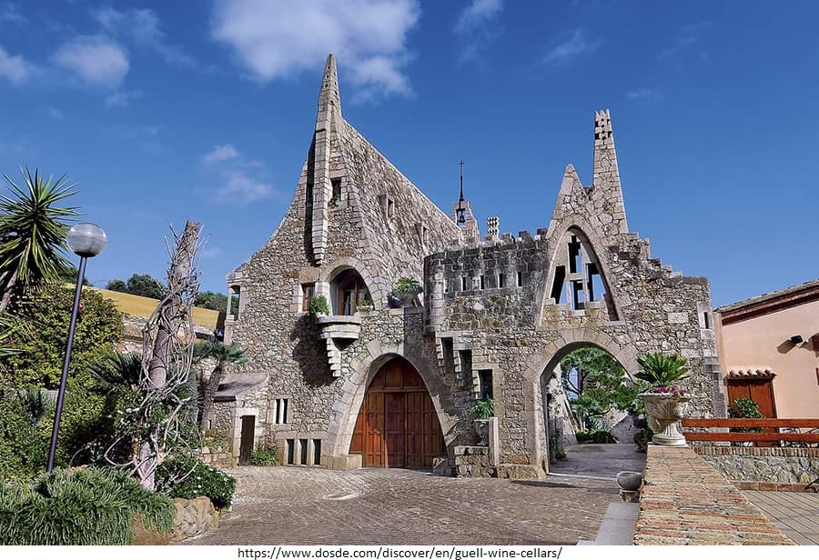 15 Projects by Antoni Gaudi- BODEGAS GUELL