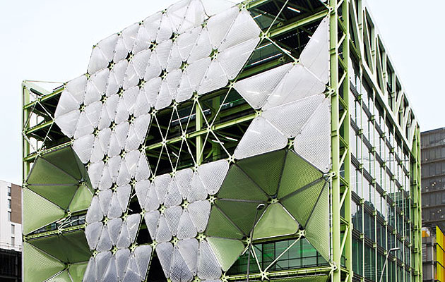 20 KINETIC FACADES- 20. THE QUILTED CUBE