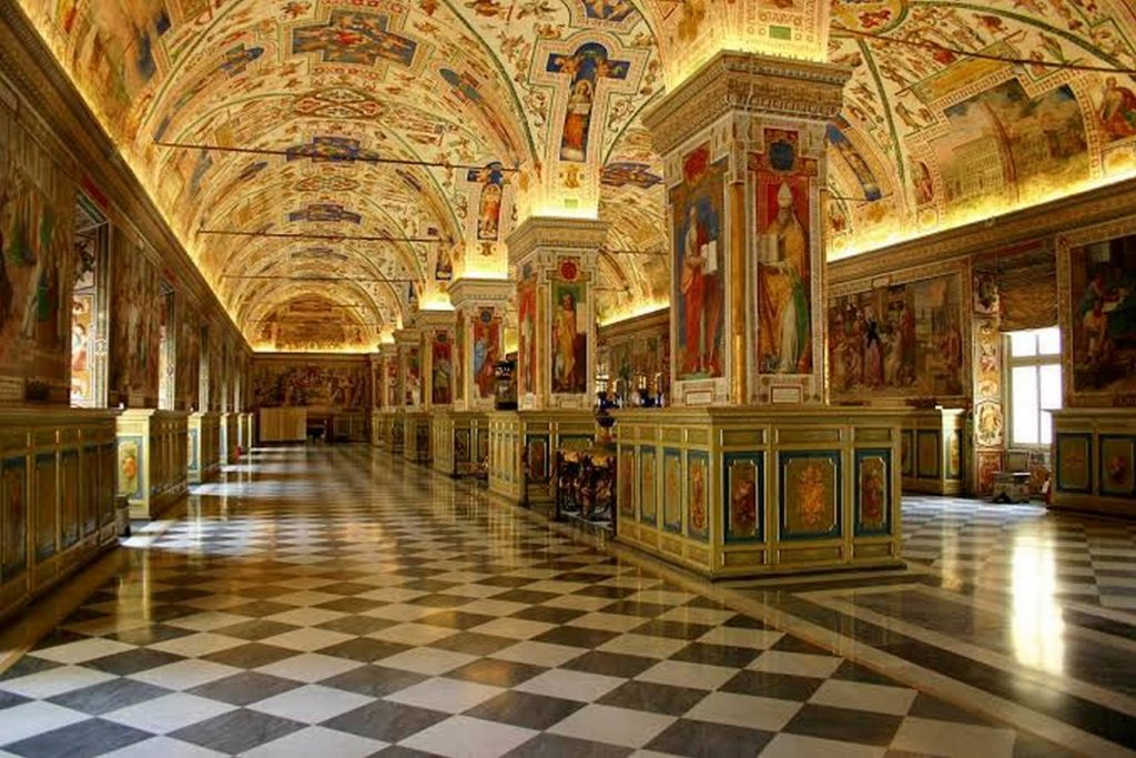 Exploring the Architecture of Vatican museums-