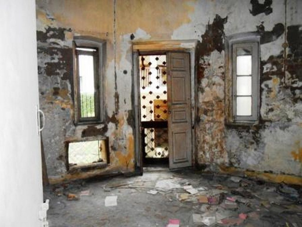 Restoration of the 120-year-old bungalow - 3