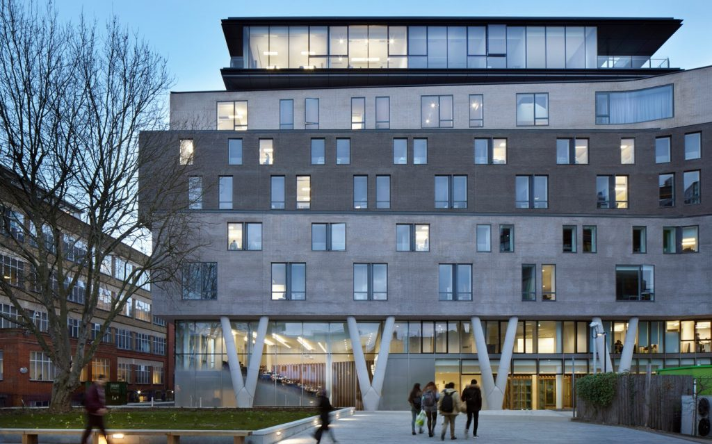 Queen Mary Graduate Centre by ECE architects