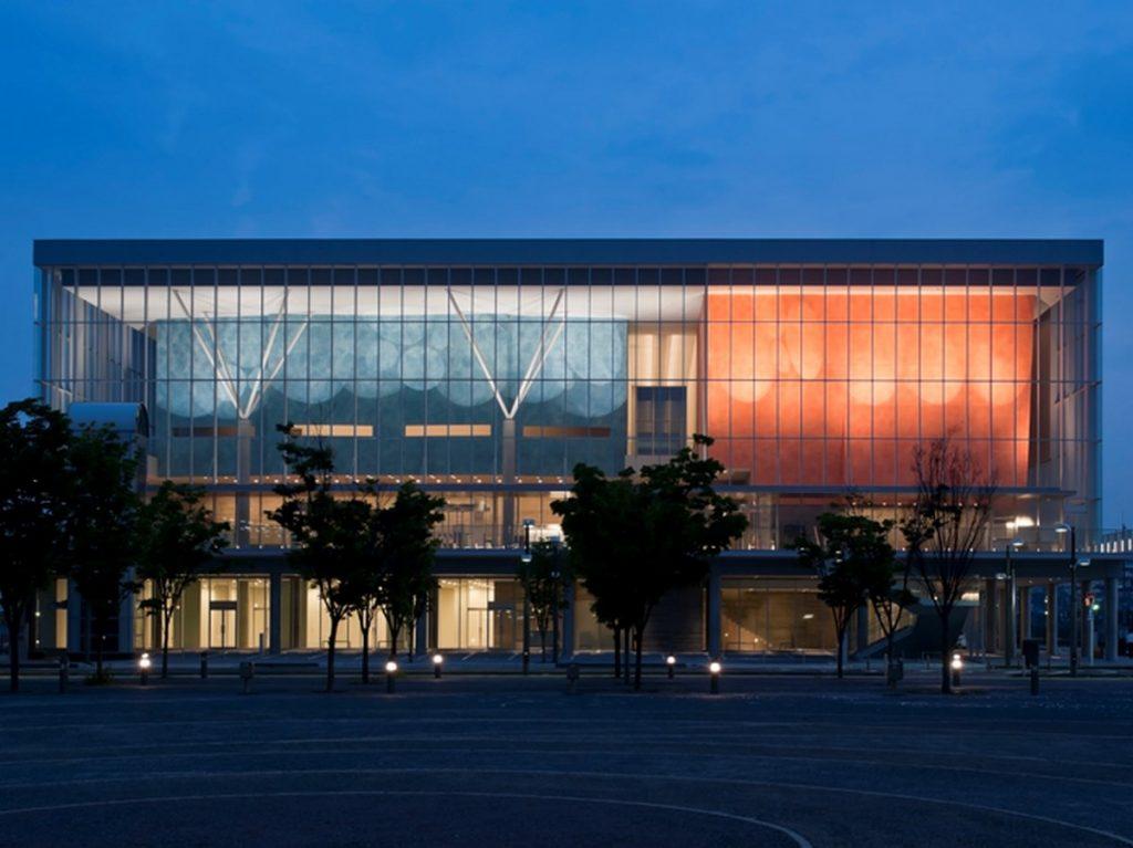 Shimizu performing arts center by Maki & Associates