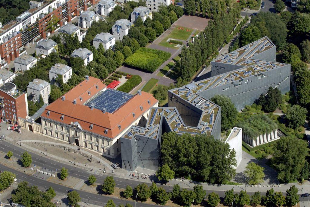 ANALYZING JEWISH MUSEUM IMAGE 1. aerial view-source-libeskind.com +guenter schneider