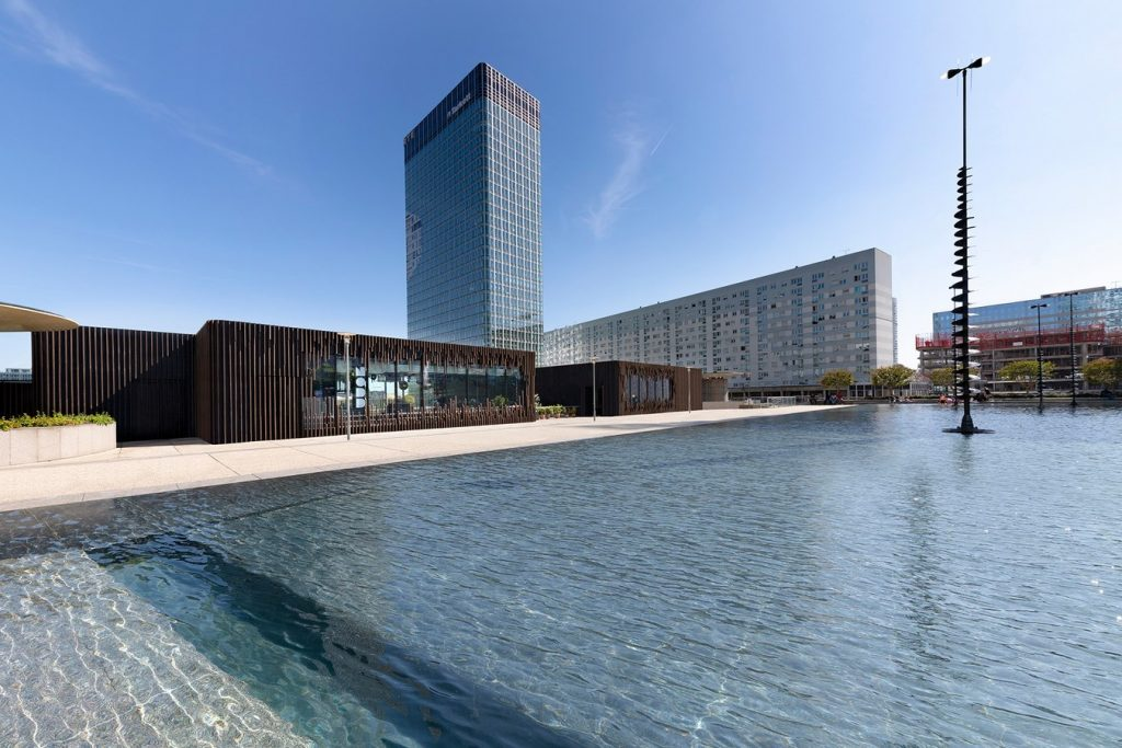 Oxygen la Defence by Malka Architecture