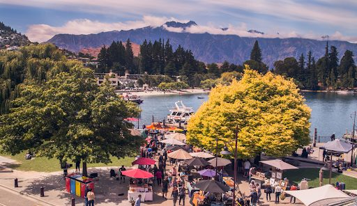 15 PLACES IN QUEENSTOWN - Sheet25