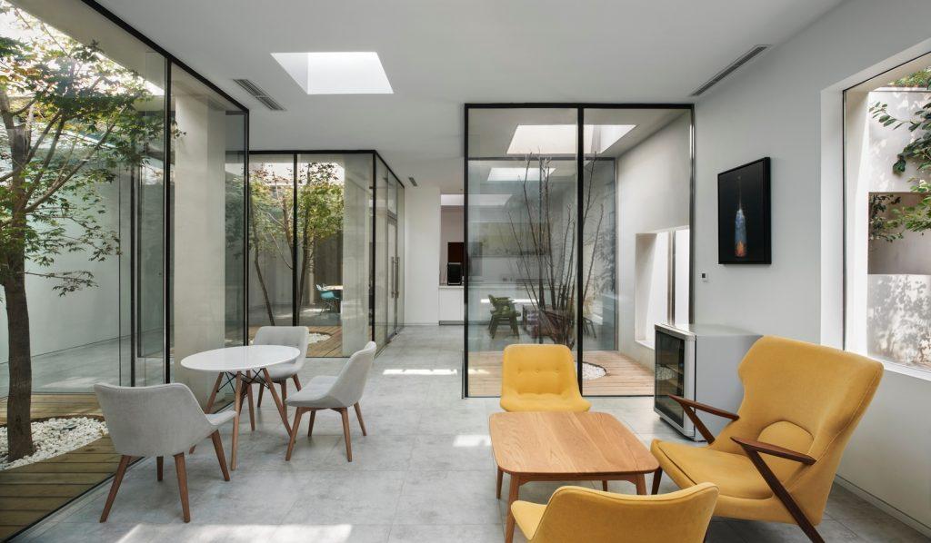 BMLZ Villa Office by Tsutsumi & Associates - Sheet1