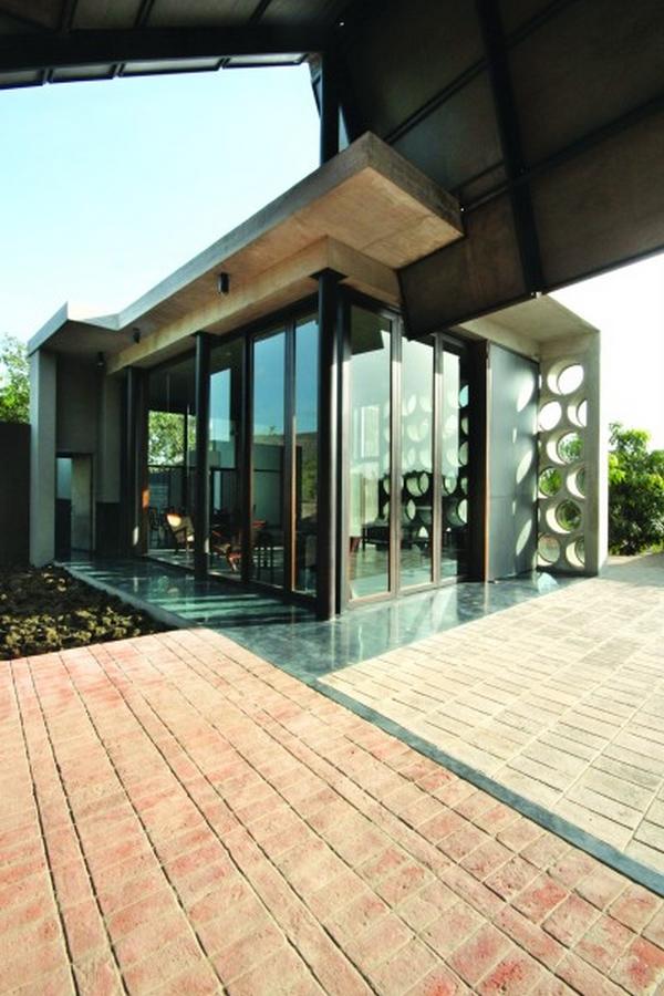 The broacha House by Samira Rathod