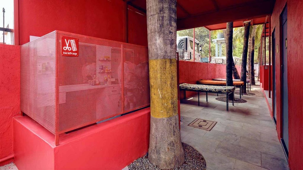 A rest area provided for truck drivers at the PAUSE facility by Rohan Chavan