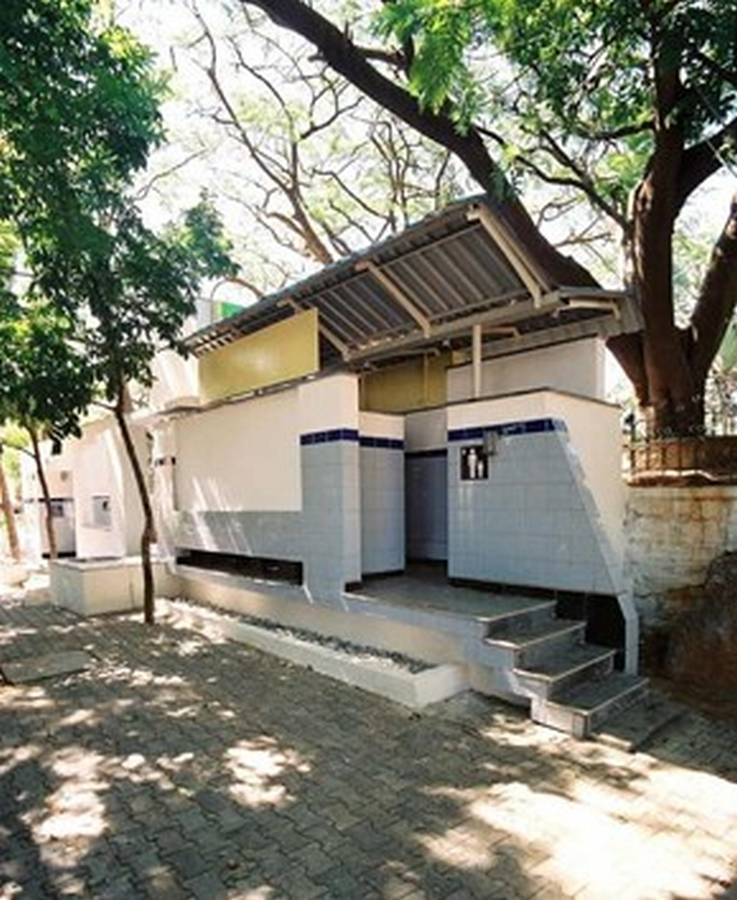 Public toilets in India - current situation and what can be done about it - Sheet2