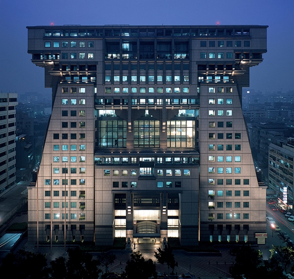 Top Architecture Firms in Taipei Taiwan - Hung Kuo Headquarters building by CY Lee & Partners