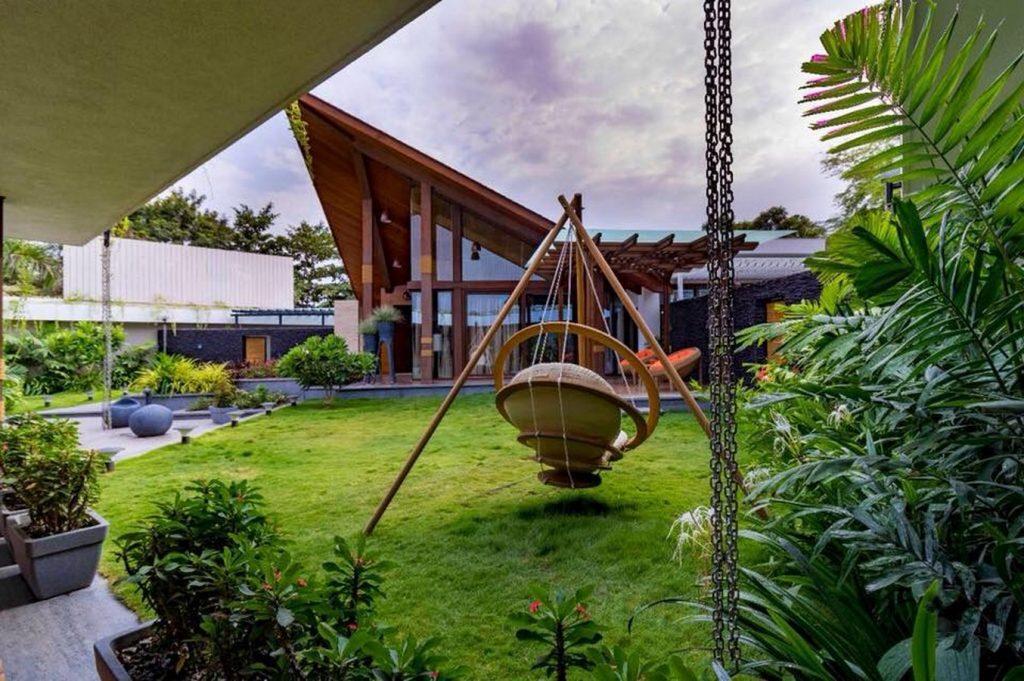 Architects Design Studio, Nashik by Nathe Supriya Prashant - Associated Architects &Engineers