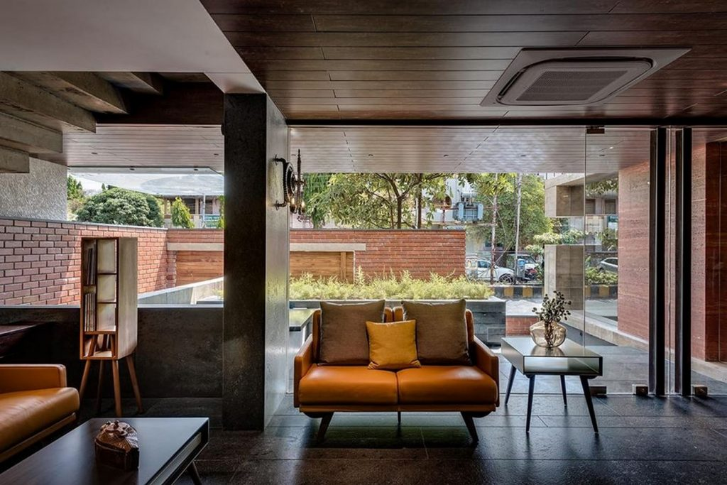 Concrete Enthralled, Jalgaon by Spacestudio Architects