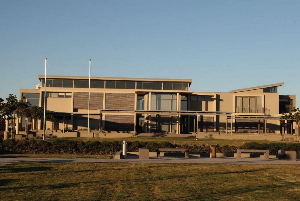 Parklands College, Sandown by M L H Architects and Planners