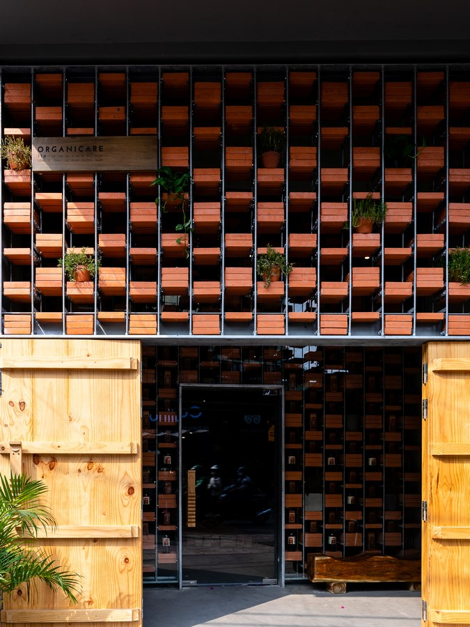 Women in Architecture-Tran Thi Ngu Ngon-Organicare Showroom -2