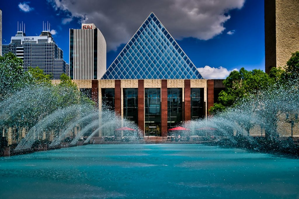 Places to Visit in Edmonton,-CityHallofAlberta -1