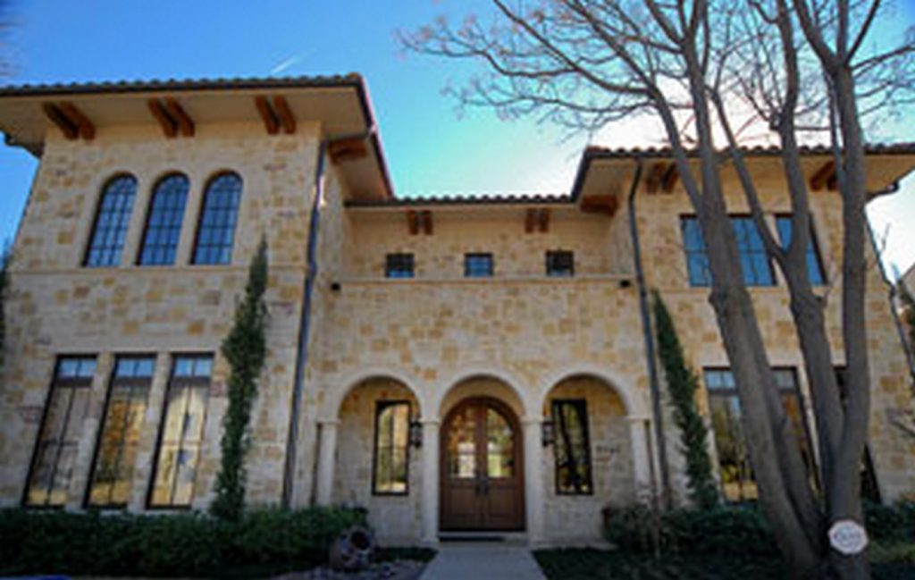 Top 75 Architecture Firms in Dallas - Tailored Tuscan for Entertaining by Architectura