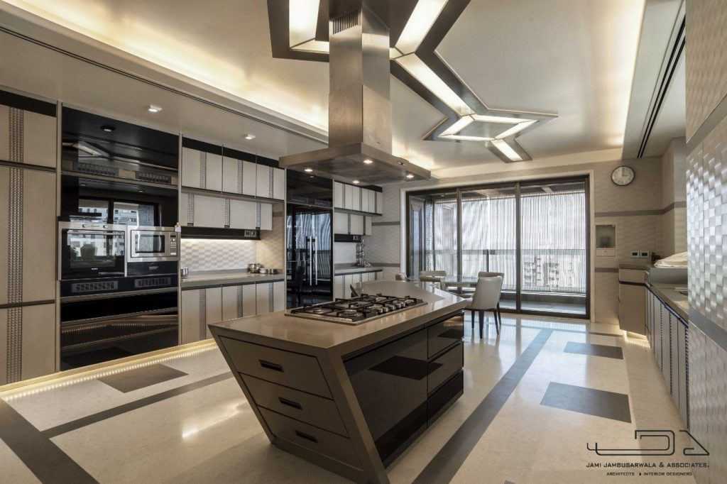 Residential Apartment by Jami Jambusarwala And Associates