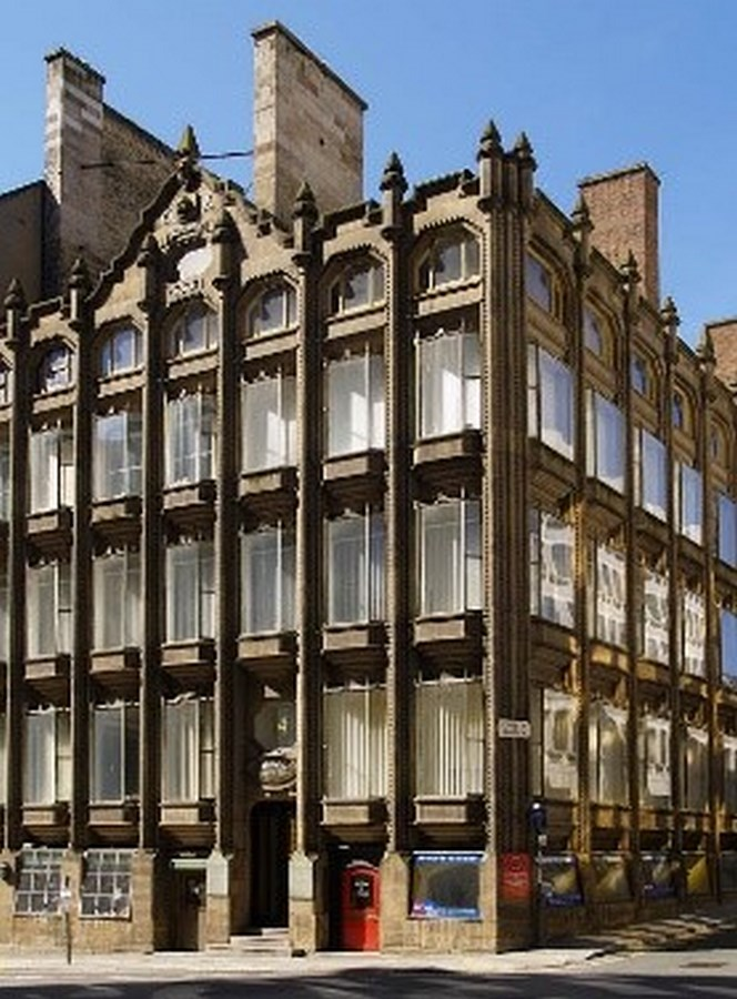 Glass in Modern Architecture -5