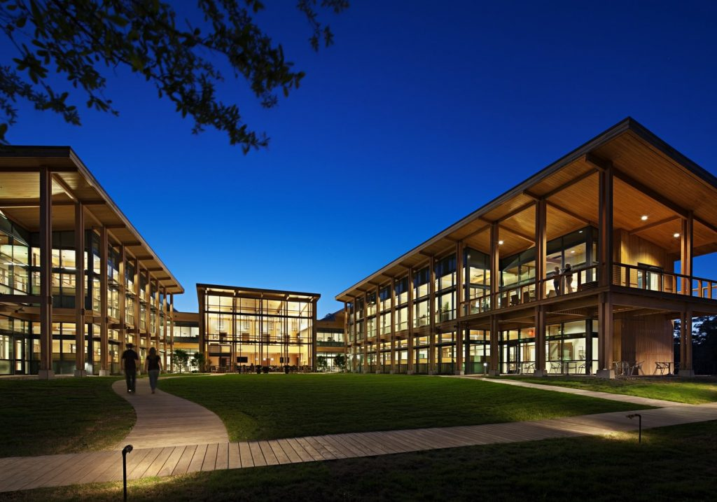 Iconic Projects-LS3P ASSOCIATES-LiveOakBankCampus -1