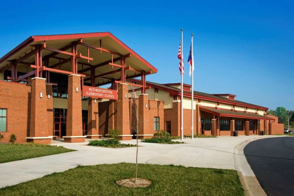 Iconic Projects-LS3P ASSOCIATES-RutherfordtonElementarySchool -1