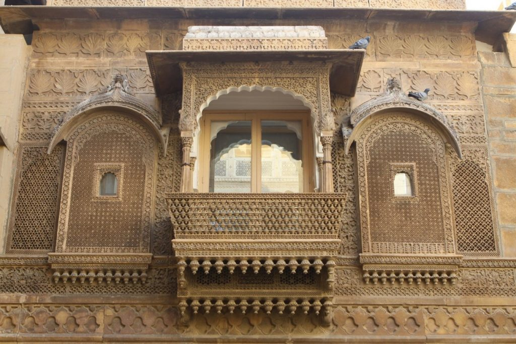 8 Elements of Vernacular Architecture Influenced by Religion -4