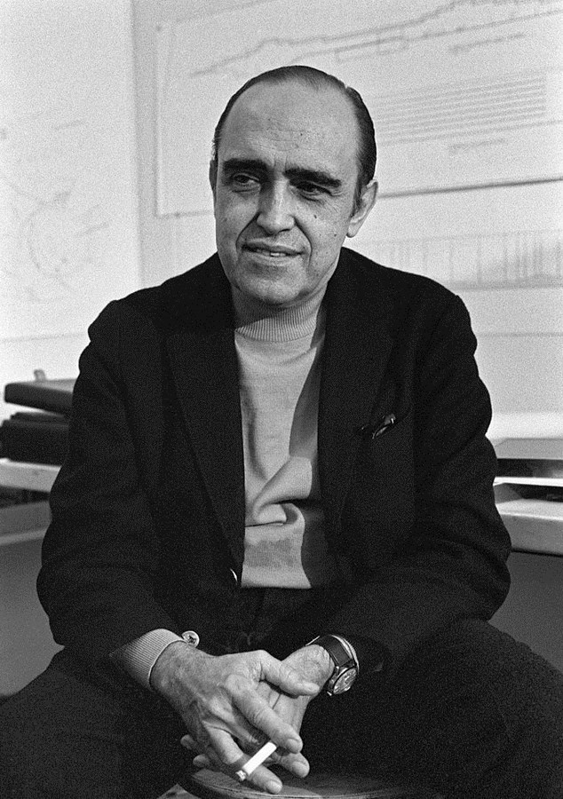 10 Architects with Innovative and Ingenious Design Philosophies -Oscar Niemeyer - Sheet1