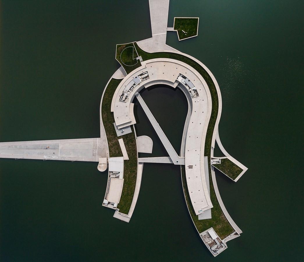 Alvaro Siza- Leca Building on the Water - Sheet9
