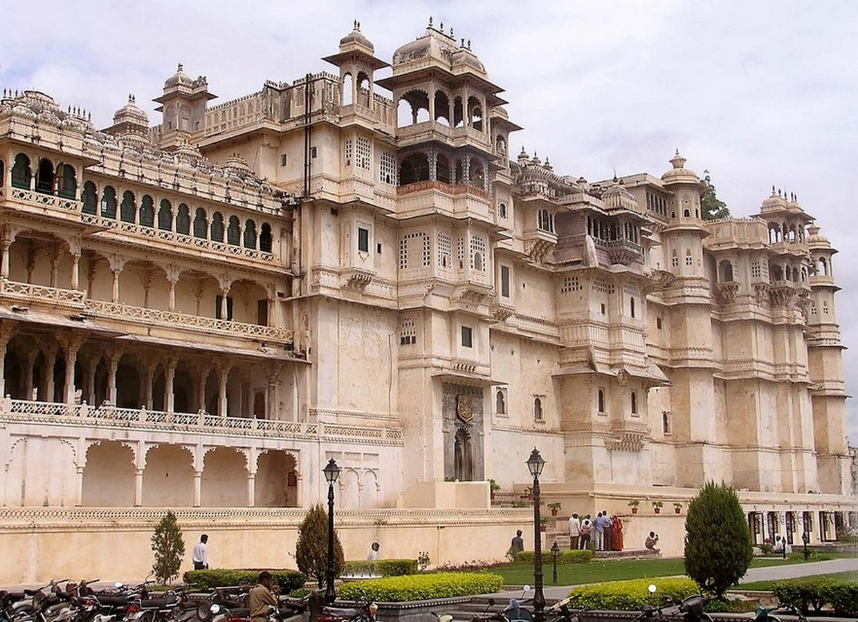 Architecture of Indian Cities Udaipur - City of lakes - Sheet2