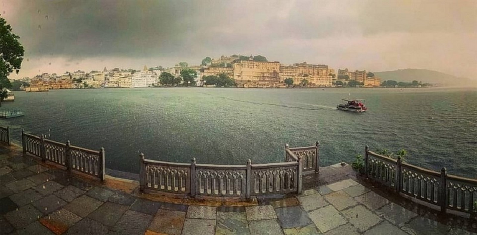 Architecture of Indian Cities Udaipur - City of lakes - Sheet12