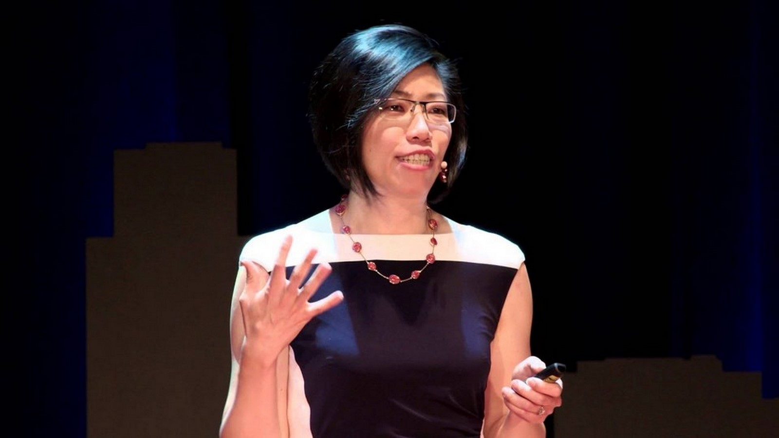 Rosa Sheng - Equity in Architecture