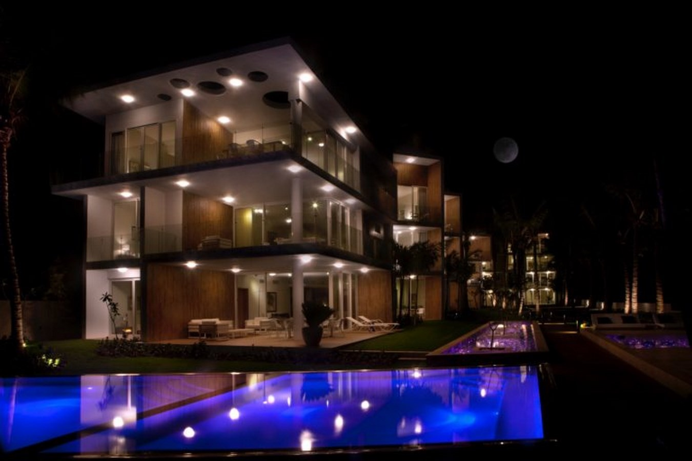 ULTRAVIOLETA BOUTIQUE RESIDENCES, REPUBLIC OF DOMINICA - Sheet4