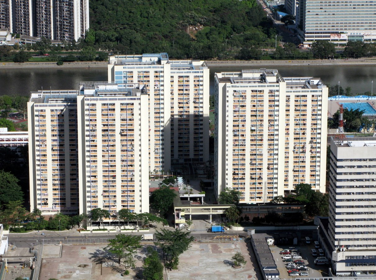 Examples of innovative use of Natural Light-Wah Fu Estate -3