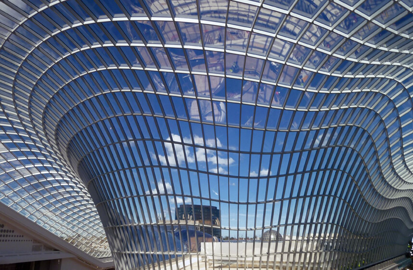 10 Different construction materials around the globe-Glass -1