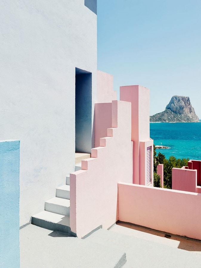 How famous Architects use color in architecture -9