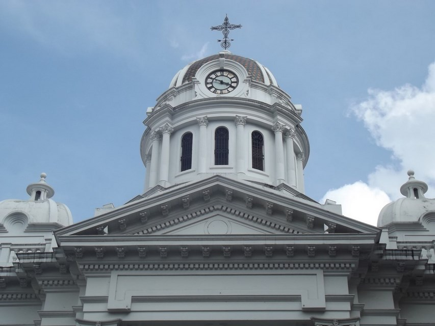 Places to visit in Cali for the Travelling Architect-Cathedral of St.Peter the Apostle -2