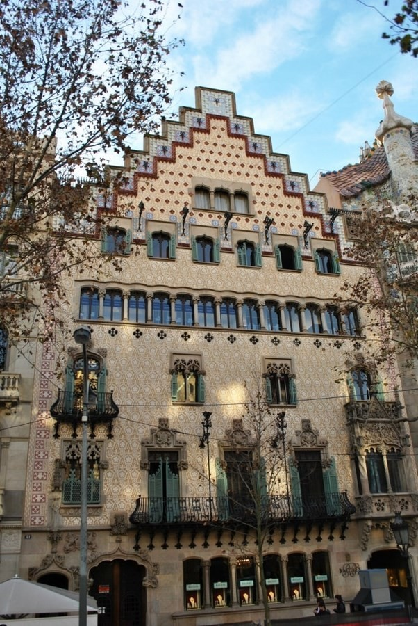 15 Examples of Art Nouveau in Architecture - Casa Amatller, Barcelona