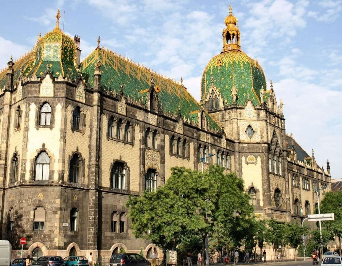 15 Examples of Art Nouveau in Architecture - Museum of Applied Arts, Budapest