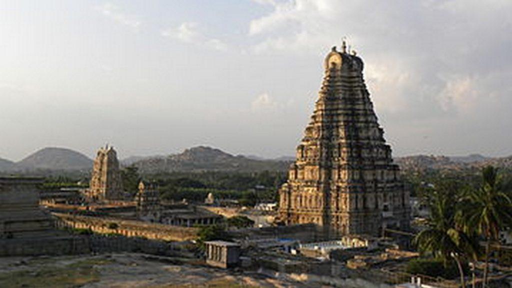 Famous Temples of South India-Virupaksha Temple, Hampi