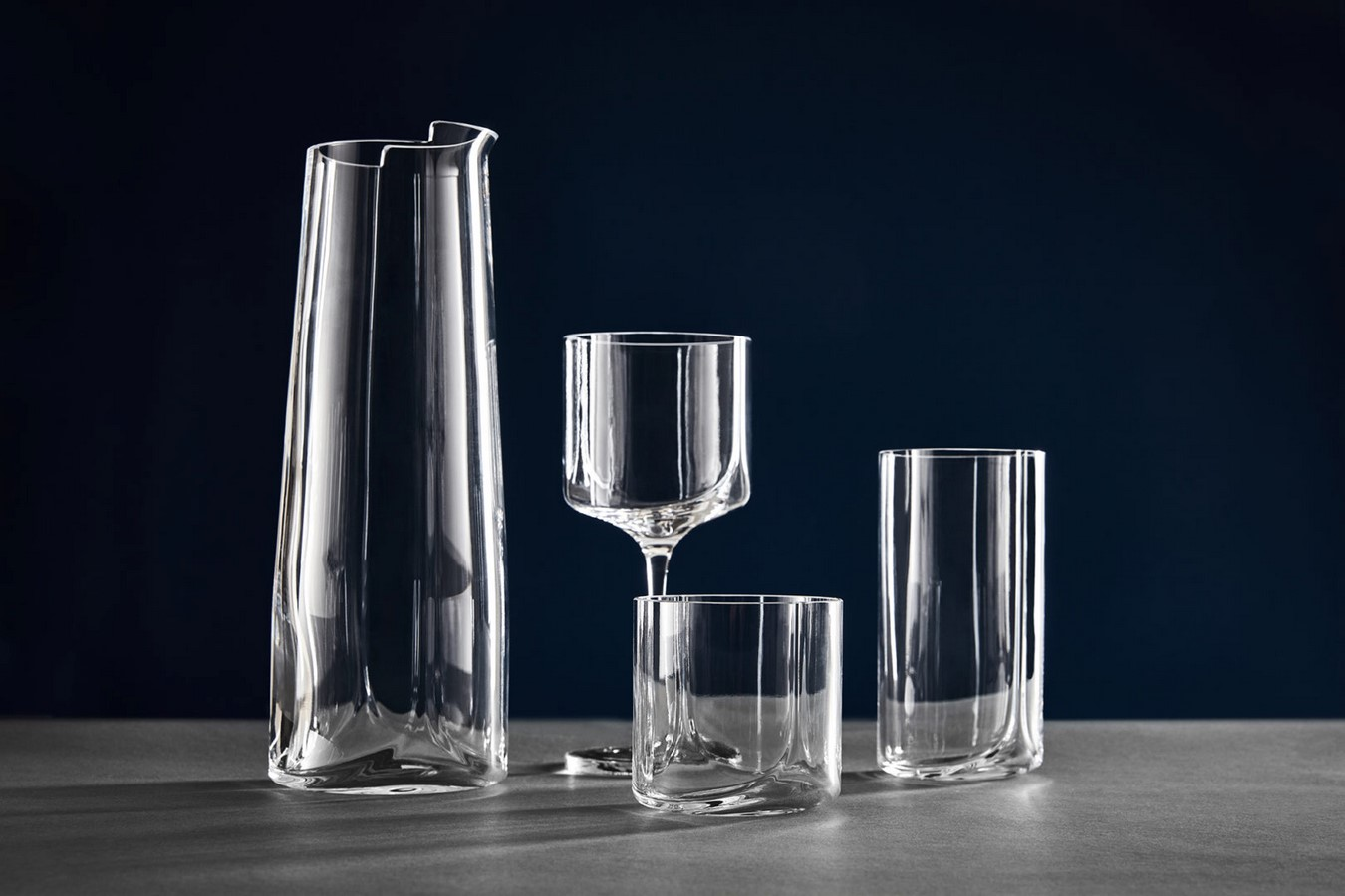 HEW TRAY & GLASSWARE - Sheet2