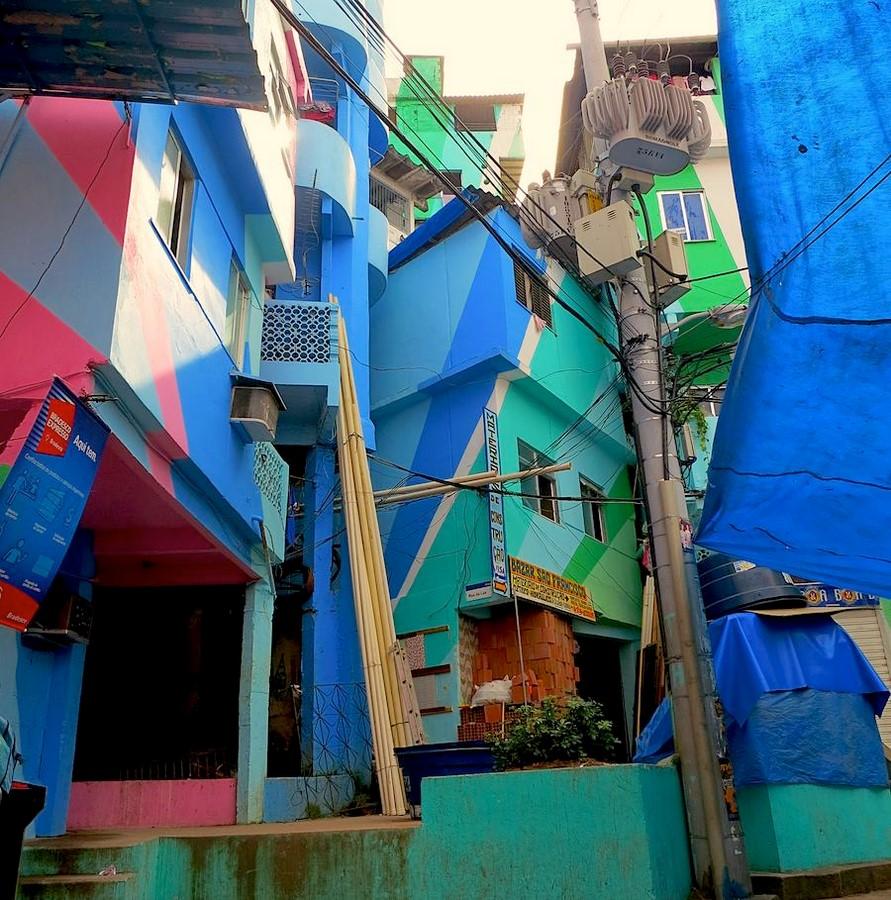 Favela Paintings at Santa Marta - Sheet2