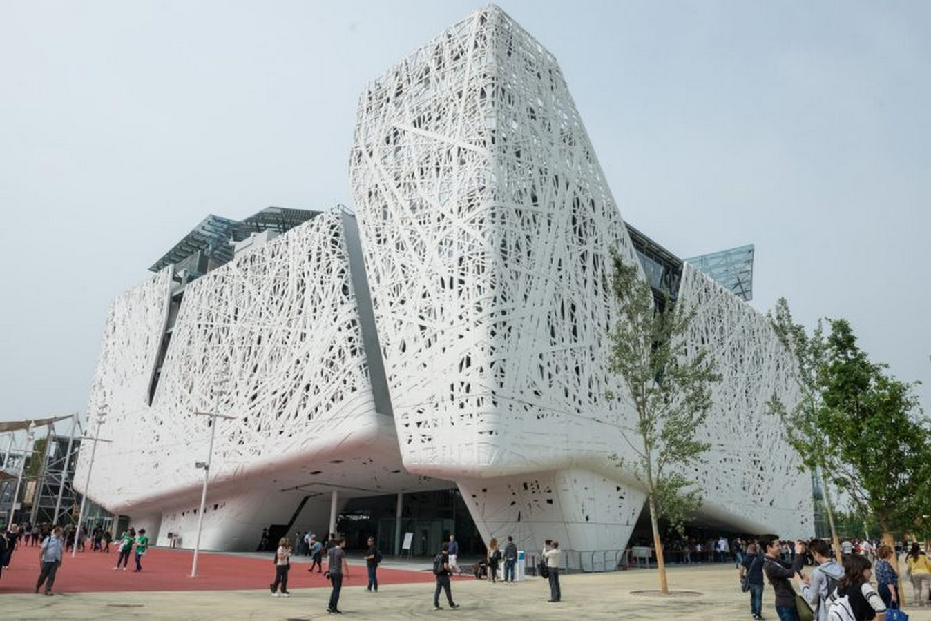 An Ornate Double Skin that Filters Air Pollution - Sheet2