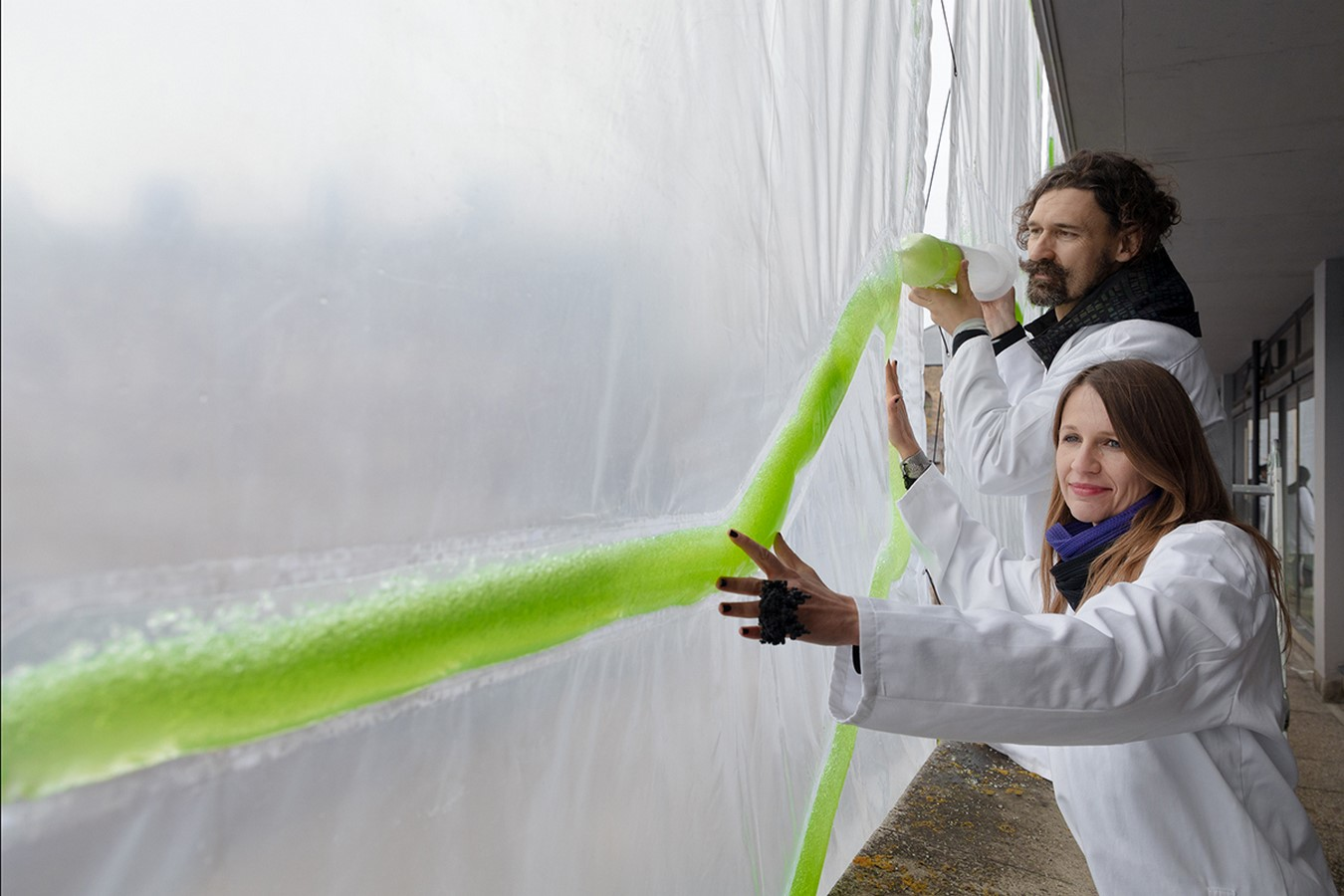 Bio-Digital Curtain filters air while creating Bioplastic - Sheet3