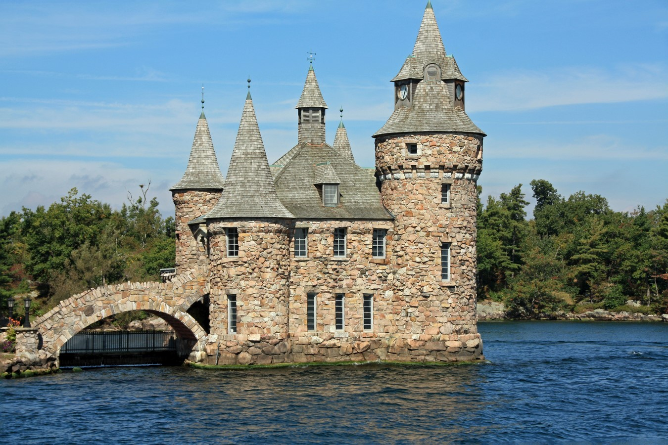 BOLDT CASTLE, HEART ISLAND - Sheet1
